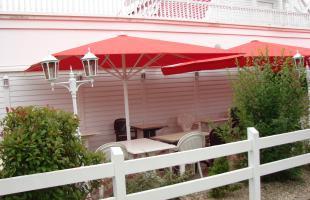 parasols pr s de clermont ferrand puy de d me 63. Black Bedroom Furniture Sets. Home Design Ideas
