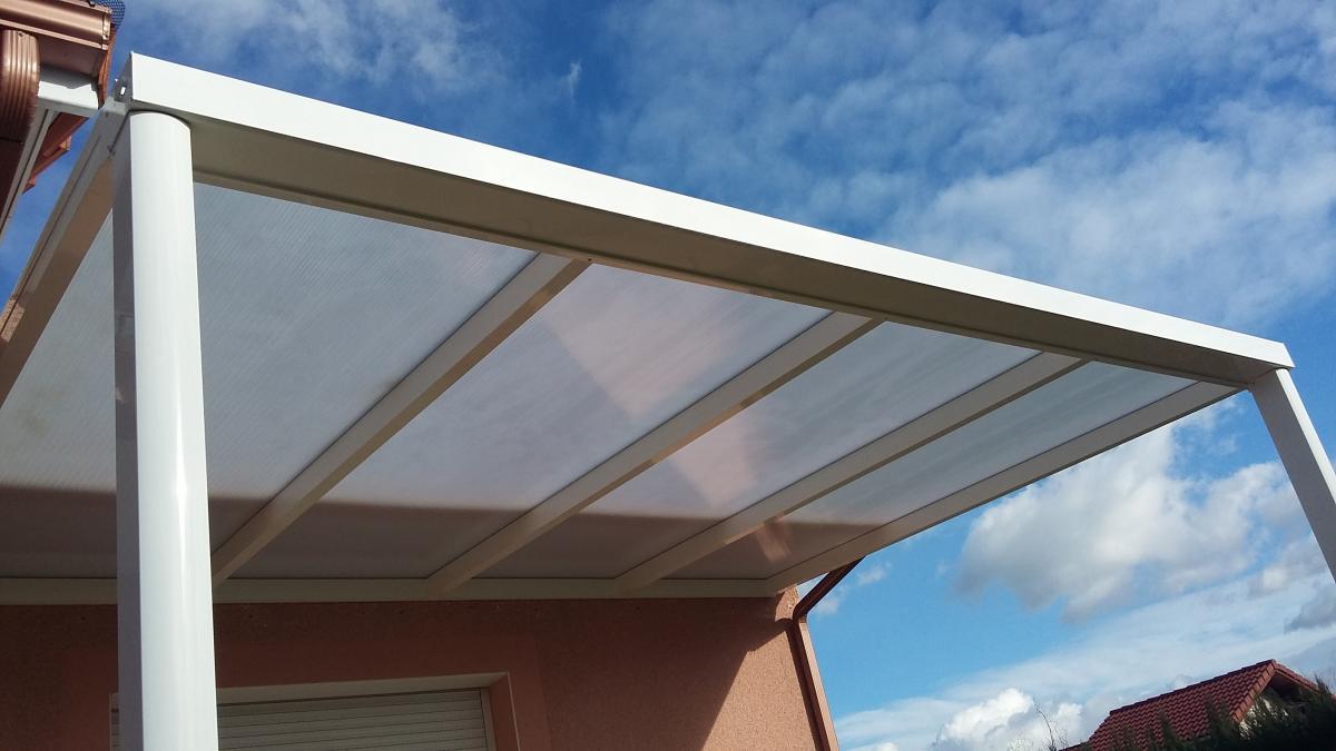 toit en verre free pergola toit et parois en verre with toit en verre amazing toit en verre. Black Bedroom Furniture Sets. Home Design Ideas