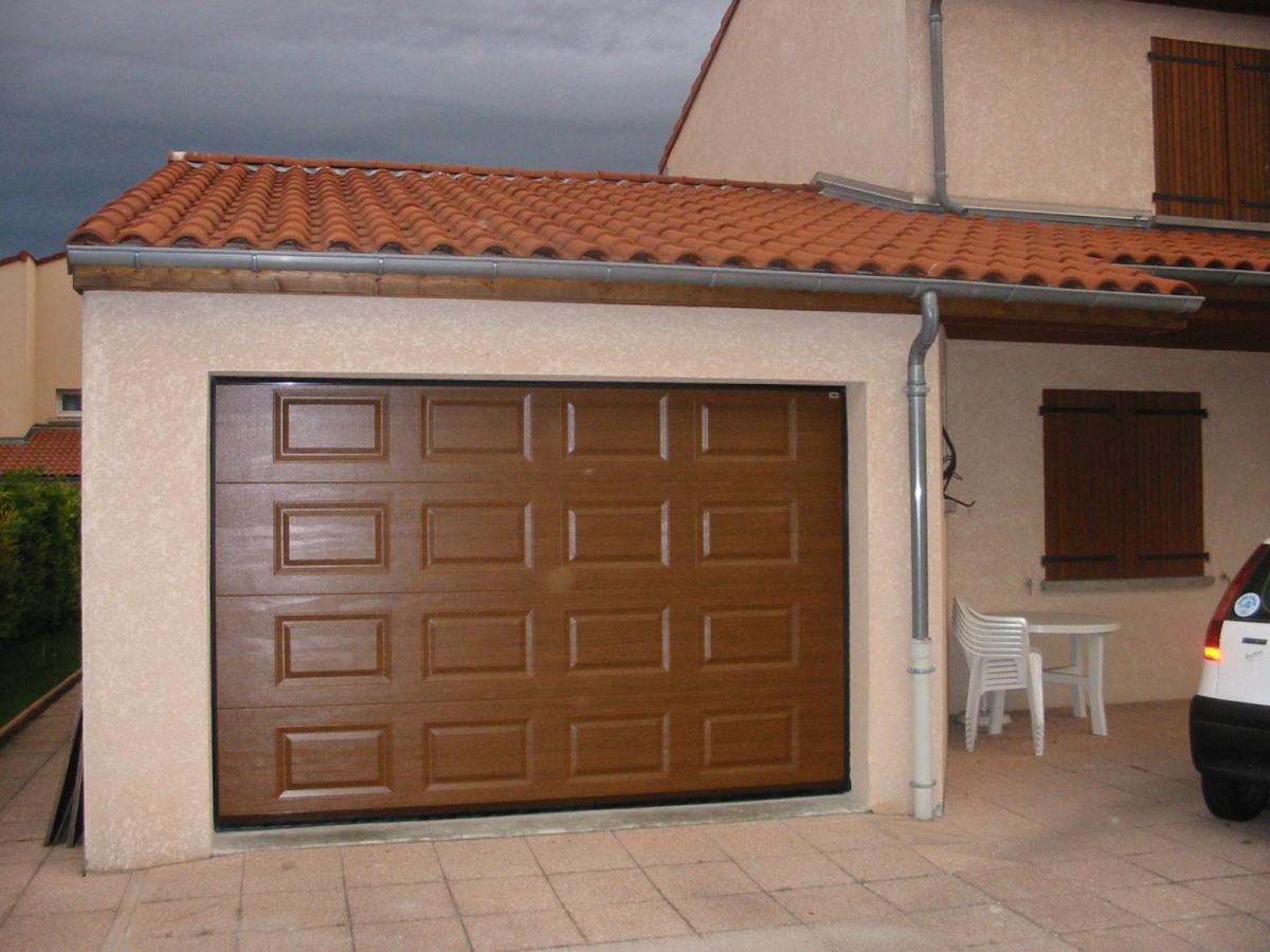 Portes de garage pr s de clermont ferrand puy de d me 63 for Flo fermeture porte garage